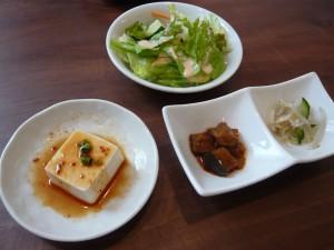 韓国伝統料理 ど韓のつけ合わせ