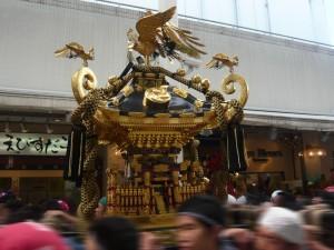 ダイヤ街のお神輿