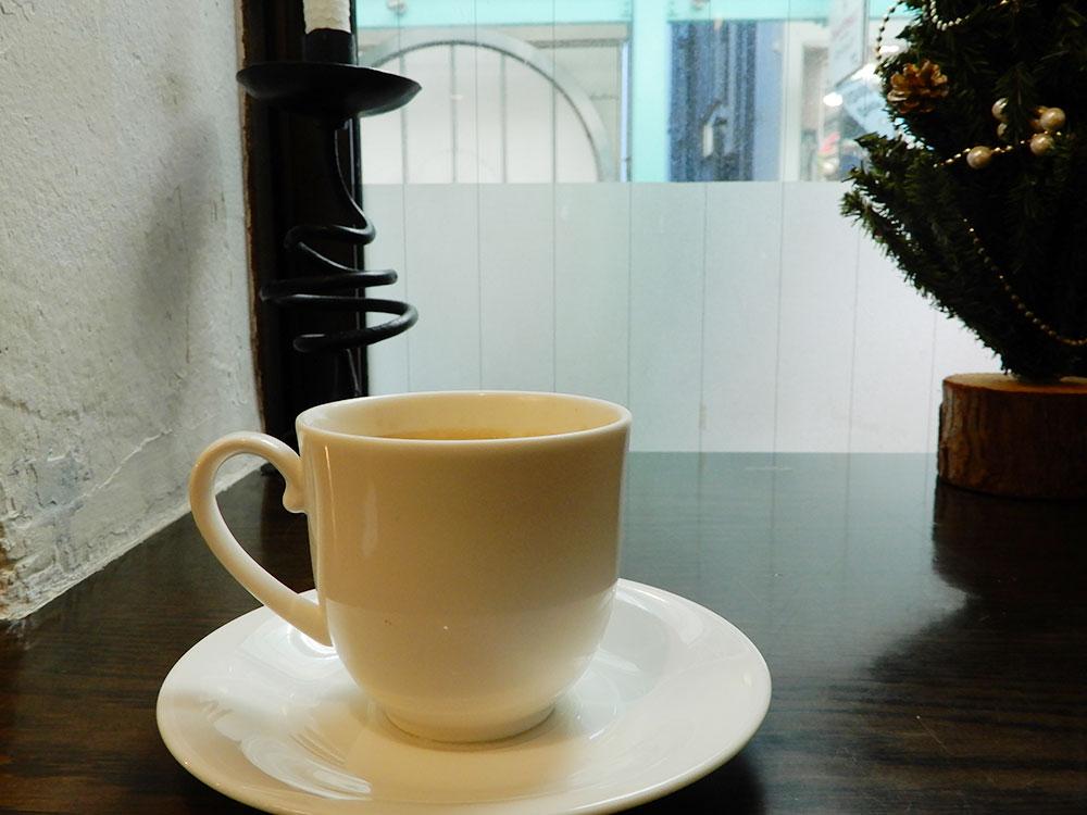 リンデのブレンドコーヒーと2階の風景